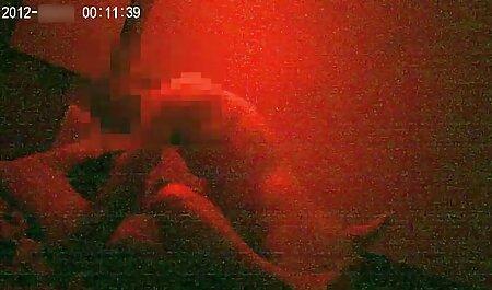 Redhead Cougar kostenlose handypornos zum runterladen Strap-On Fick
