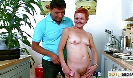 sexy Teen Oxana in kostenlose sex videos zum runterladen schwarzen Strumpfhosen