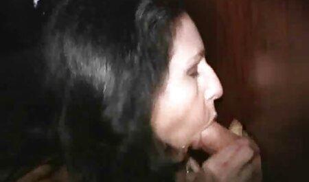 Lusty Marie verführt weißen Nerd in ihrem sexy Badeanzug sex filme kostenlos runterladen