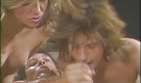 Nettes Teen liebt einen großen harten Schwanz zwischen ihren sex videos kostenlos runterladen Beinen