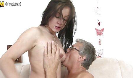 Petite Cougar Cleo sex videos kostenlos runterladen