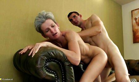 Blonde porno video runterladen junge Hure fickt Schwanz