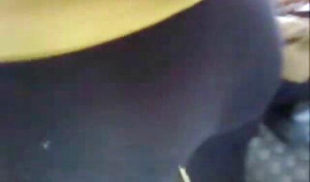 Blondine mit riesigen Titten fingert gratis sexfilme herunterladen ihre nasse Muschi