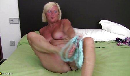 Striptease und Handjob mit Cum handypornos gratis downloaden Blast