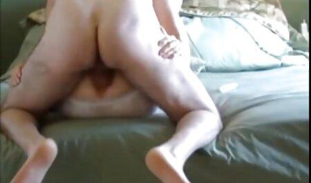 Schöne große Titten Brünette kostenlose pornos zum herunterladen BBW liebt es, schmutzig zu reden