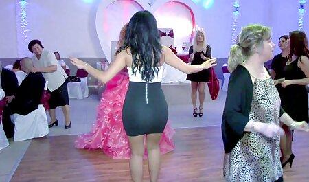 Hure sex videos zum runterladen Jada Stevens Hals fickt zwei massive Schwänze