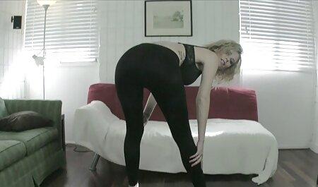 Britischer FFMM Vierer auf dem Bett in kostenlos pornos downloaden Strümpfen