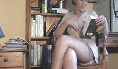 Zwei sexy Hündinnen mit riesigem Dildo und Schwanz pornovideos downloaden zu dritt