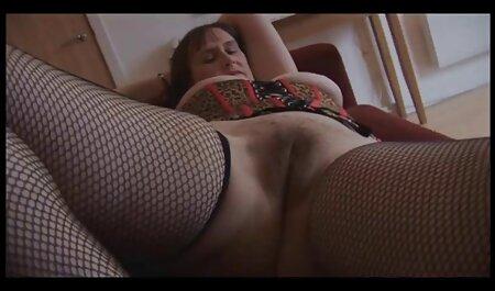 Mama sexvideos zum runterladen gibt Strumpfhosen Footjob und BJ