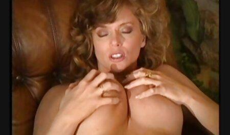 Hot Busty Blonde Cougar pornos ohne runterladen Assbangen und Reiten